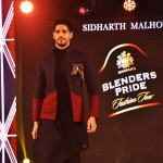 Showstopper Sidharth Malhotra walks the ramp at Blenders Pride Fashion T... (2)